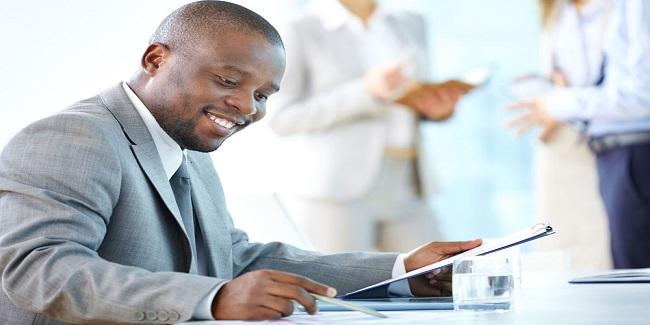 Analyse et Prise de Décision d'Octroi de Crédit - Comment Améliorer la Performance Pour Une Gestion Performante et Innovante