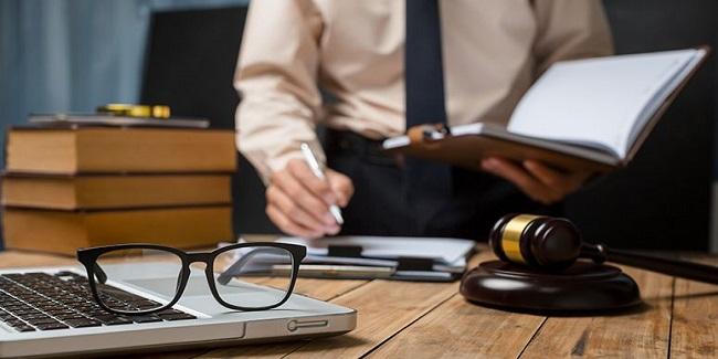 Management Juridique des Affaires -